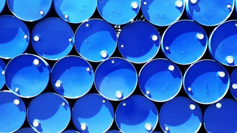 Smaltimento rifiuti speciali - Bidoni olio esausto