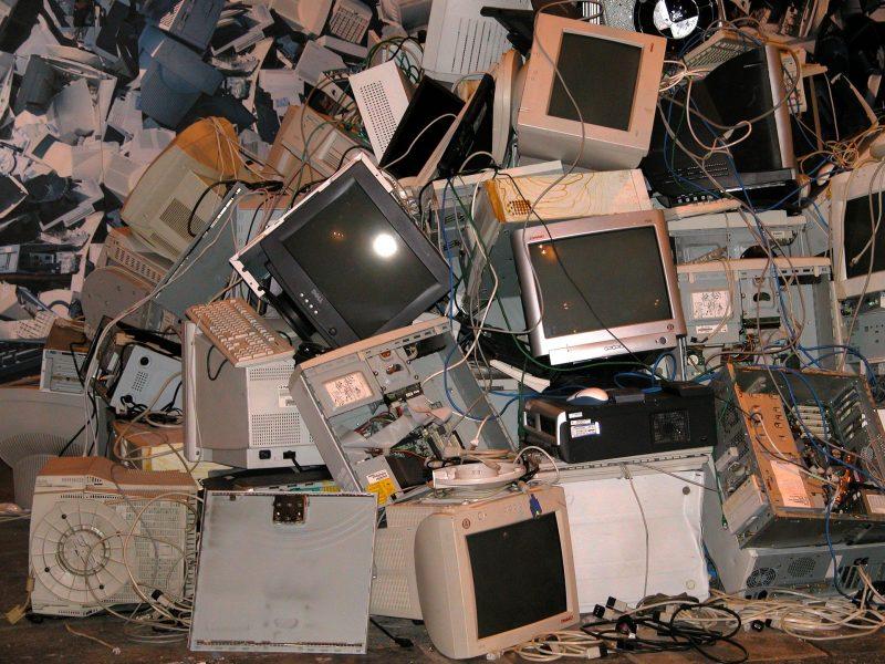 Smaltimento rifiuti speciali - smaltimento computer